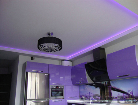 Плюсы тканевых потолков с подсветкой